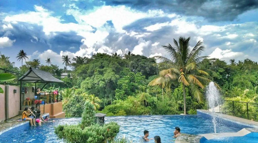 Mikayi's Inland Resort, Mintal