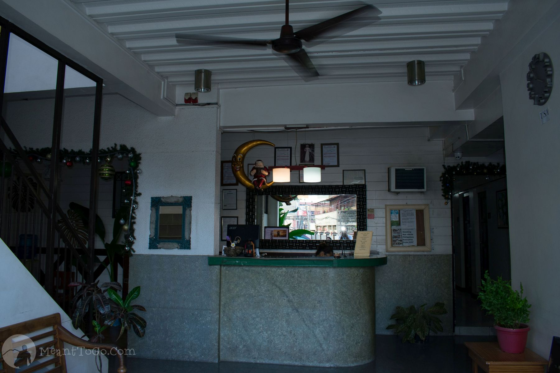 St. Nicolas Inn's check-in counter, lobby