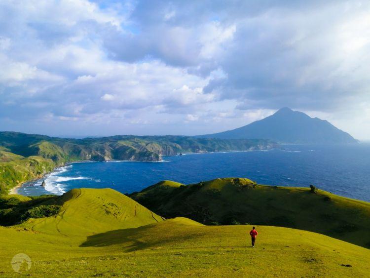 Rakuh a Payaman aka Marlboro Hills in Mahatao, Batanes