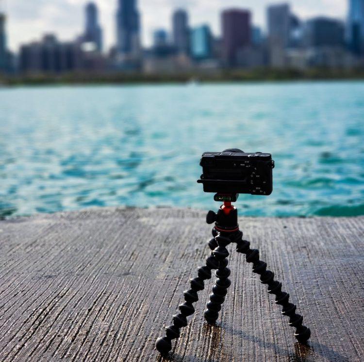 A small tripod for camera